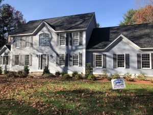 House in Groton MA painted by Aurora Exterior Painting |